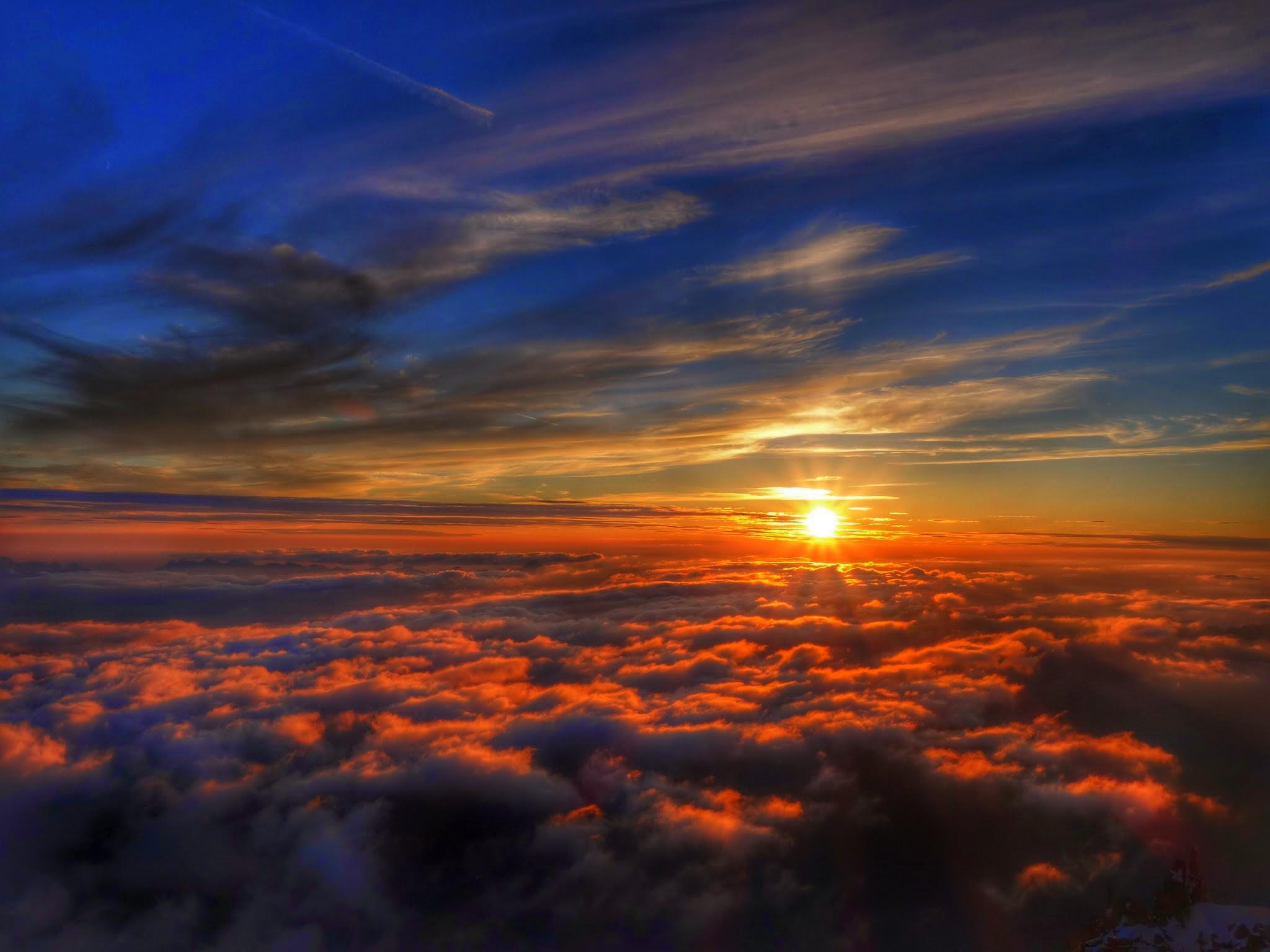 Mont Blanc Bergfuehrer Ivo Meier Sonnenuntergang